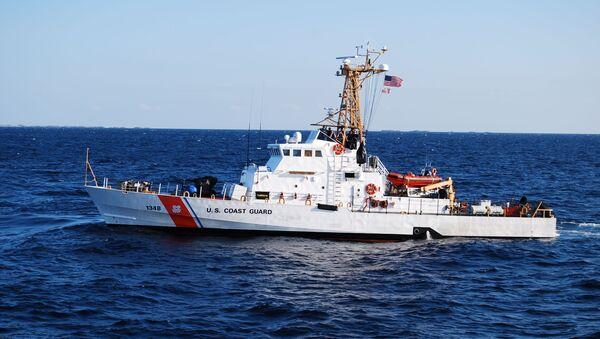Člun Knight Island pobřežní hlídky Spojených států - Sputnik Česká republika