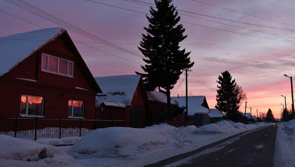 Zapadající slunce ve městě Tara. Rusko, Omská oblast - Sputnik Česká republika