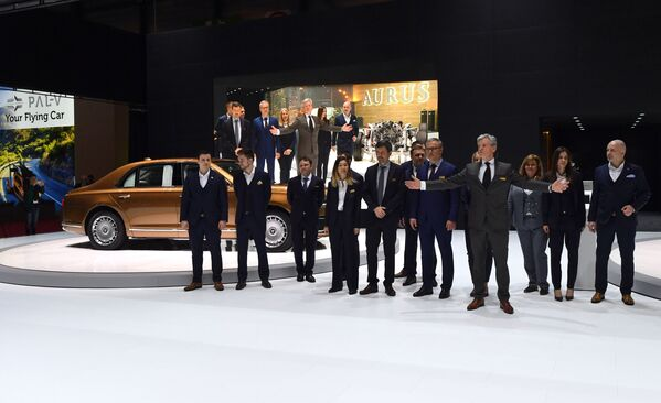 Ruský rozsah: Limuzína Aurus způsobila na ženevském autosalonu senzaci - Sputnik Česká republika