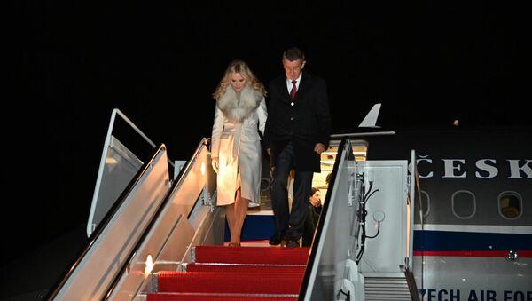 Babiš s Monikou přiletěli do USA - Sputnik Česká republika