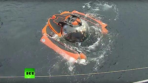 Putin se potápí v Černém moři - Sputnik Česká republika