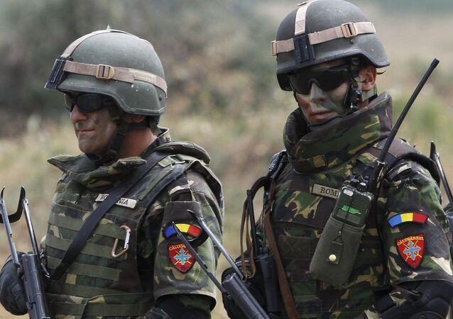 Rumunští vojáci NATO
