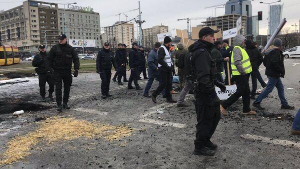 Farmáři protestují ve Varšavě - Sputnik Česká republika