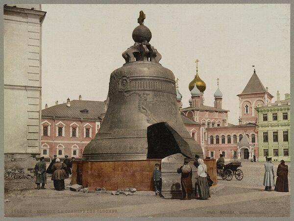 Car Kolokol v Moskvě. Jedna z prvních barevných fotografií Ruska - Sputnik Česká republika