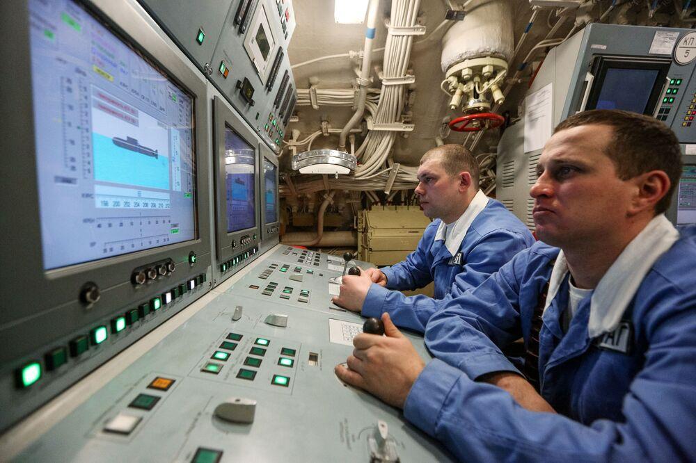 Hlavní hlídka jaderné ponorky K-535 Jurij Dolgorukij.