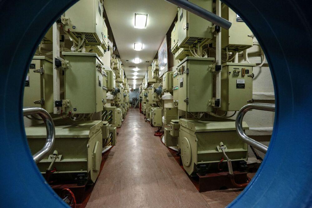 Vnitřní prostory jaderné ponorky K-535 Jurij Dolgorukij