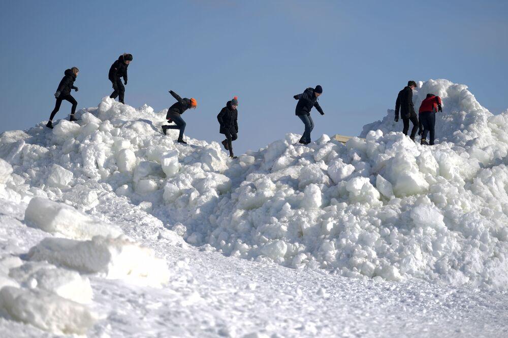 Ledové hromady ve Finském zálivu.