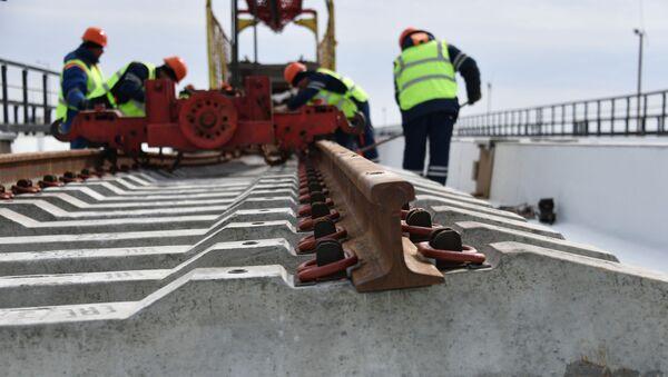 Stavba železnice na Krymském mostu - Sputnik Česká republika
