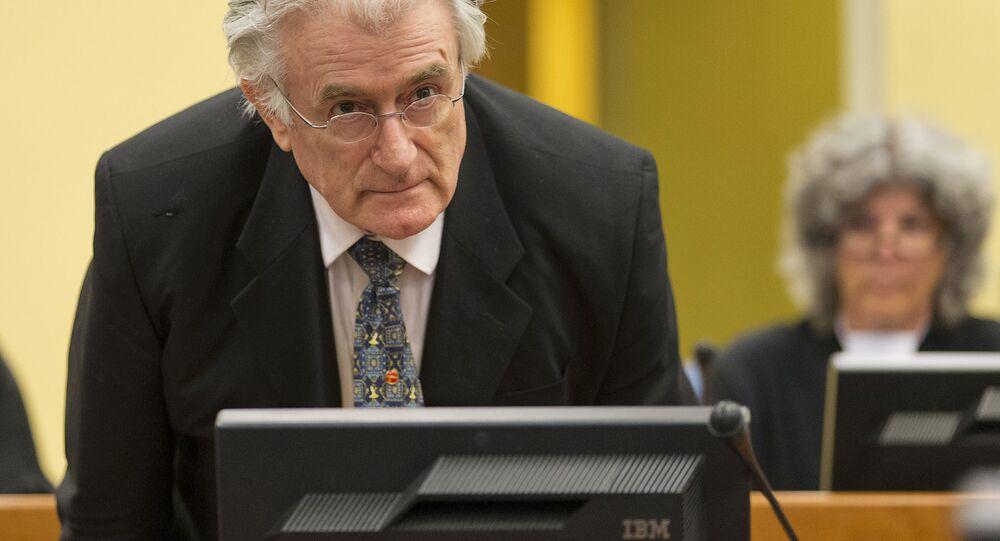 Předák bosenských Srbů Radovan Karadžić
