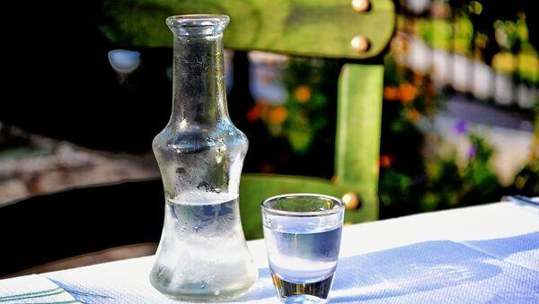 Alkohol na stole - Sputnik Česká republika
