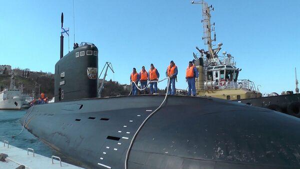 Ponorka Veliký Novgorod se ze Sýrie vrátila na Krym - Sputnik Česká republika