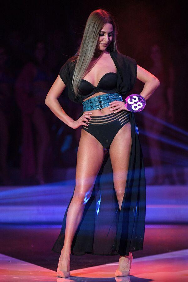 Ksenia Klevtsová během vystoupení ve finále soutěže krásy Miss International Mini 2019 v Moskvě - Sputnik Česká republika