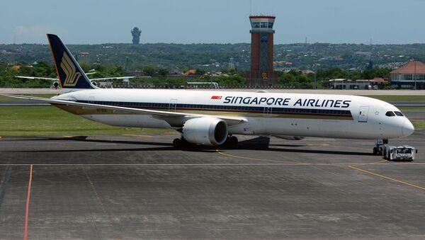 Boeing 787-10 Dreamliner letecké společnosti Singapore Airlines - Sputnik Česká republika