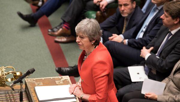 Premiérka Theresa Mayová během hlasování o brexitu, 12. března 2019 - Sputnik Česká republika