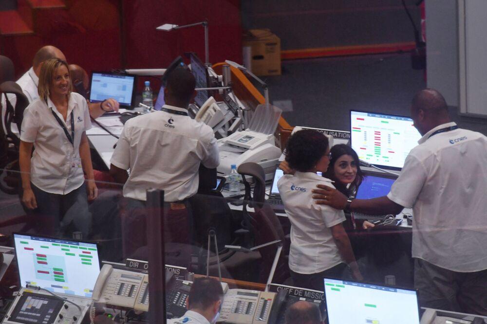 Personál kontroly mise v Guyanském kosmickém centru