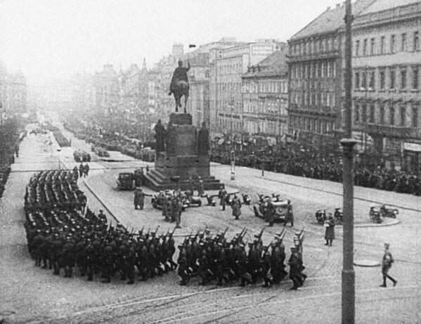 Hitlerova vojska na Václavském náměstí, Praha, 1939 - Sputnik Česká republika