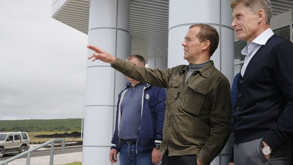 Ruský premiér Dmitrij Medveděv na Kurilských ostrovech - Sputnik Česká republika