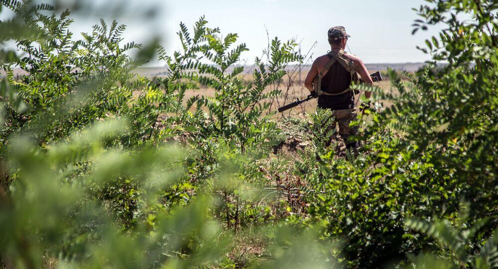 Ukrajinský voják v Luhanské oblasti