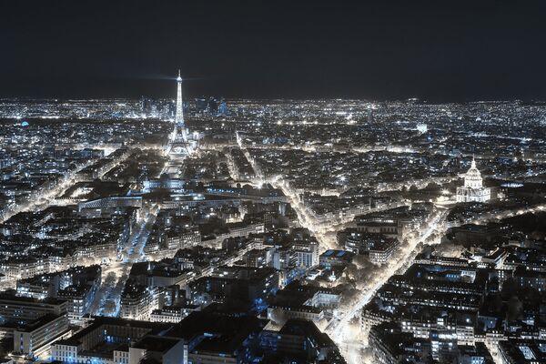 Fotografie ze série Invisible Paris od fotografa Pierra-Louisa Ferrera, třetí místo v kategorii Photo Essay v soutěži infračervených fotografií Život v jiném světle - Sputnik Česká republika