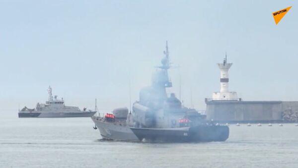 Válka o moře: Ruské námořnictvo provádí v Černém moři cvičení poblíž záštity NATO - Sputnik Česká republika