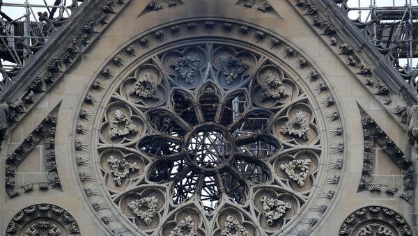 Po požáru Notre Dame - Sputnik Česká republika