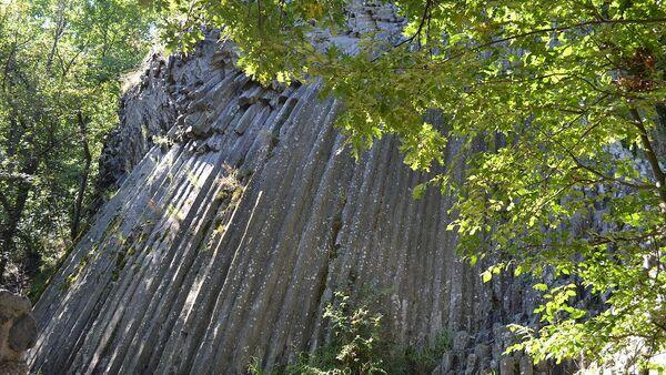 Kamenný vodopád u hradu Šomoška na Slovensku - Sputnik Česká republika