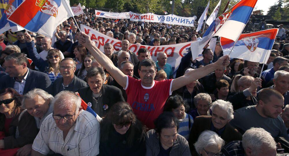 Mítink na podporu politiky vlády země a prezidenta Aleksandra Vučiće v Bělehradě