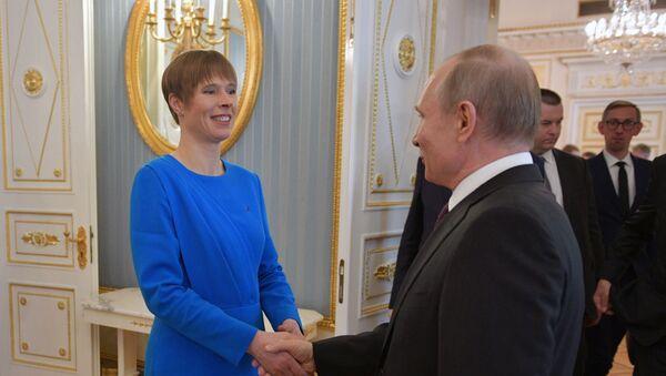 Ruský prezident Vladimir Putin a estonská prezidentka Kersti Kaljulaidová v Moskvě - Sputnik Česká republika