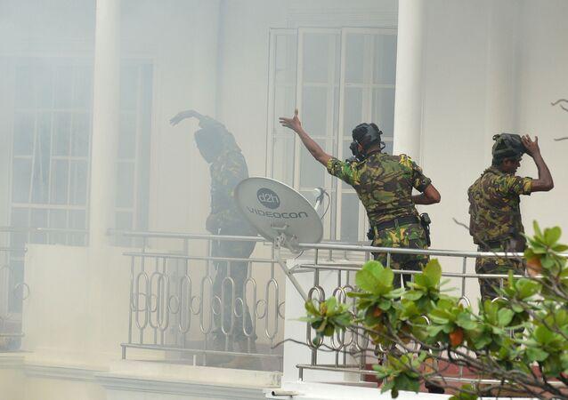 Policejní zásah po sérii výbuchů na Srí Lance