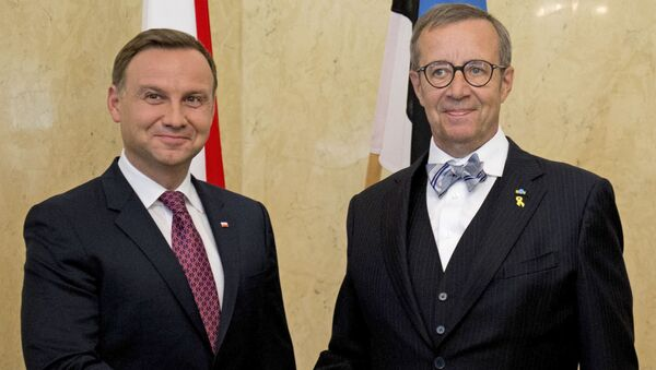 Polský prezident Andrzej Duda a estonský prezident Toomas Hendrik Ilves - Sputnik Česká republika