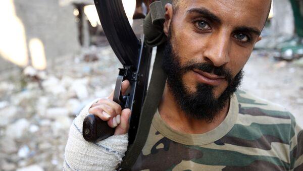 Voják libyjské národní armády s kulometem - Sputnik Česká republika