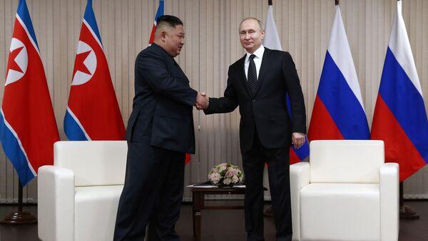 Schůzka ruského prezidenta Vladimira Putina a severokorejského lídra Kim Čong-una ve Vladivostoku - Sputnik Česká republika