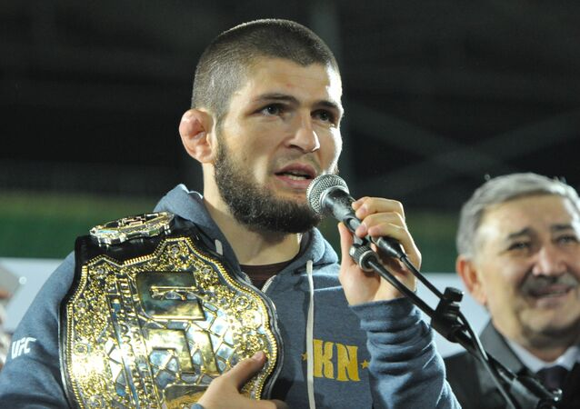 Khabib Nurmagomedov je současným šampionem lehkého UFC
