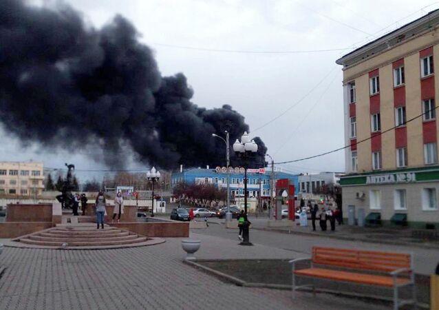Požár ruského závodu v Krasnojarsku