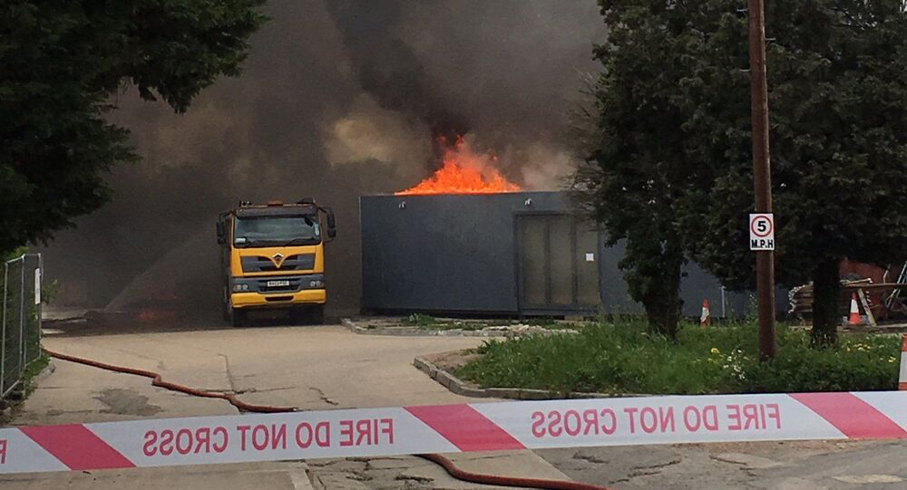 Požár v blízkosti letiště Heathrow