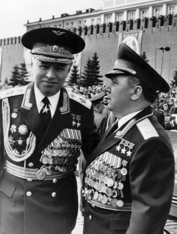 Přinesli svobodu, život a mír. Podívejte se na unikátní fotografie legendárních sovětských vojevůdců - Sputnik Česká republika