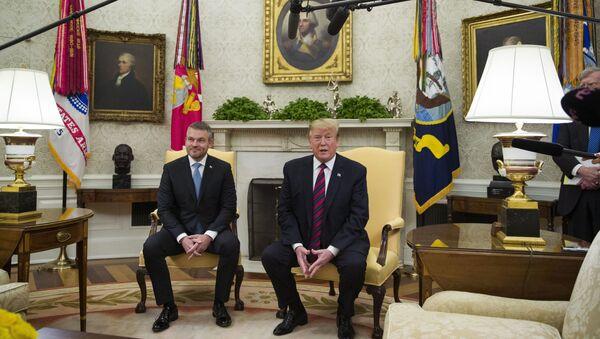Setkání slovenského premiéra Petera Pellegriniho s Donaldem Trumpem v Bílém domě - Sputnik Česká republika