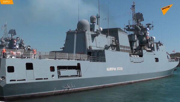 V Rusku se válečná loď vrací z Mezinárodního veletrhu obrany  - Sputnik Česká republika