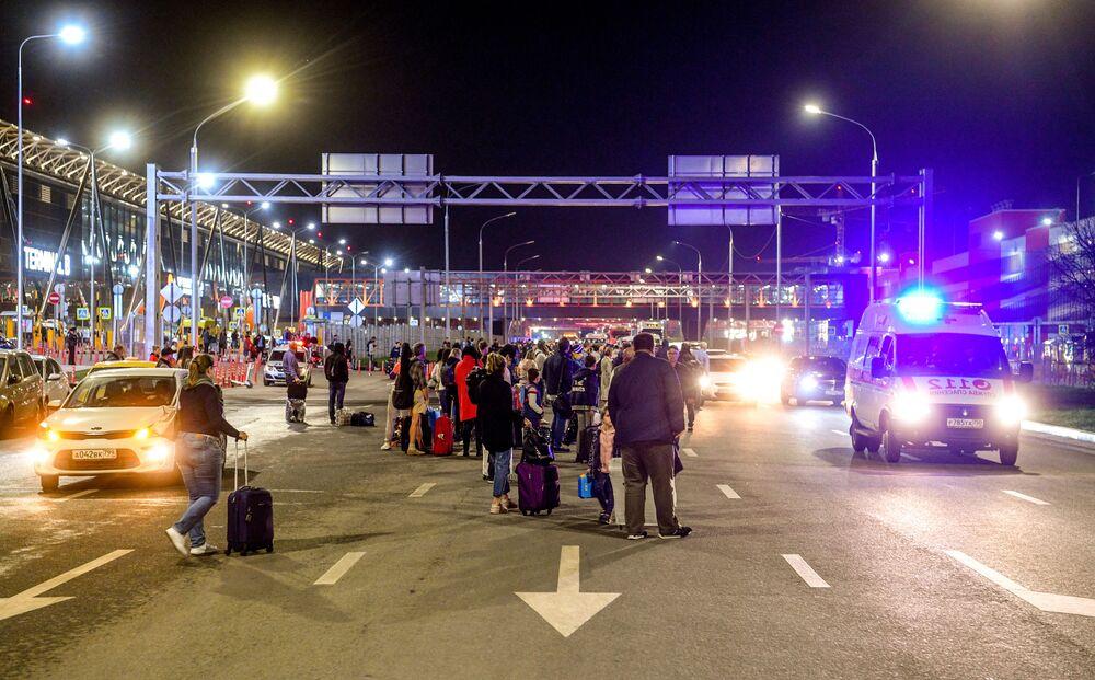 Cestující na letišti Šeremetěvo, Rusko, 5. května 2019