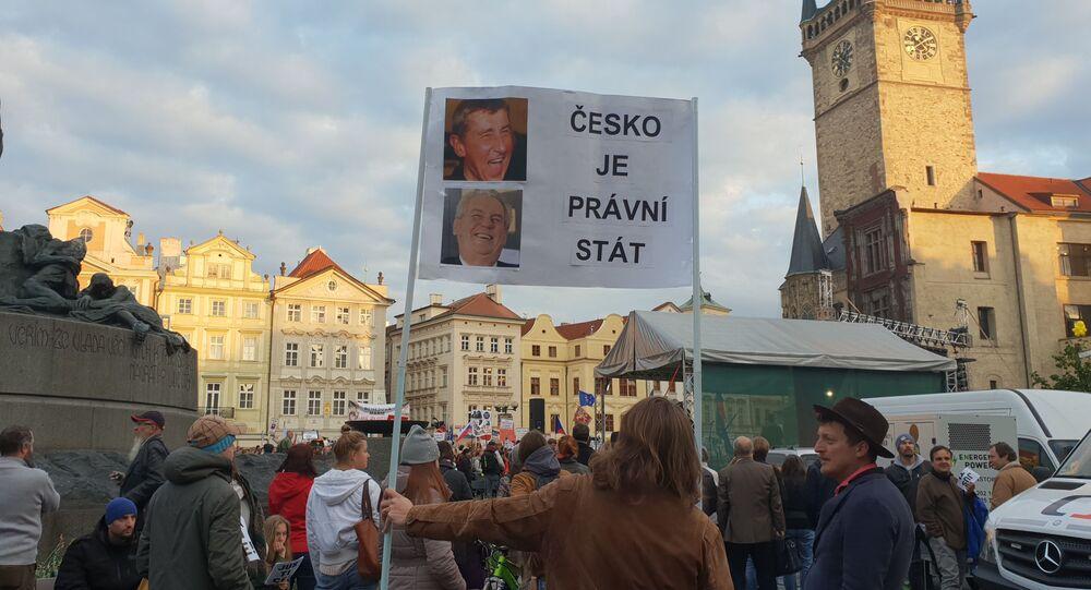 Demonstrace 6. 5. na Staroměstském náměstí