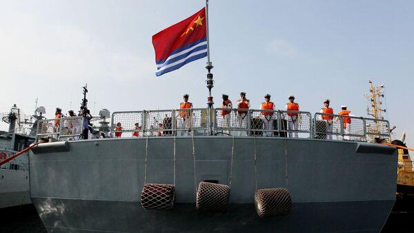 Námořníci na palubě čínského torpédoborce - Sputnik Česká republika