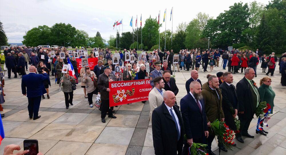 Na Slavíne sa spomínalo na obete vojny