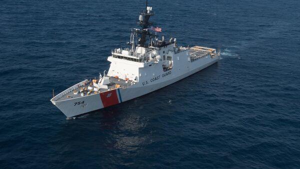 Americká hlídková loď USCG James - Sputnik Česká republika