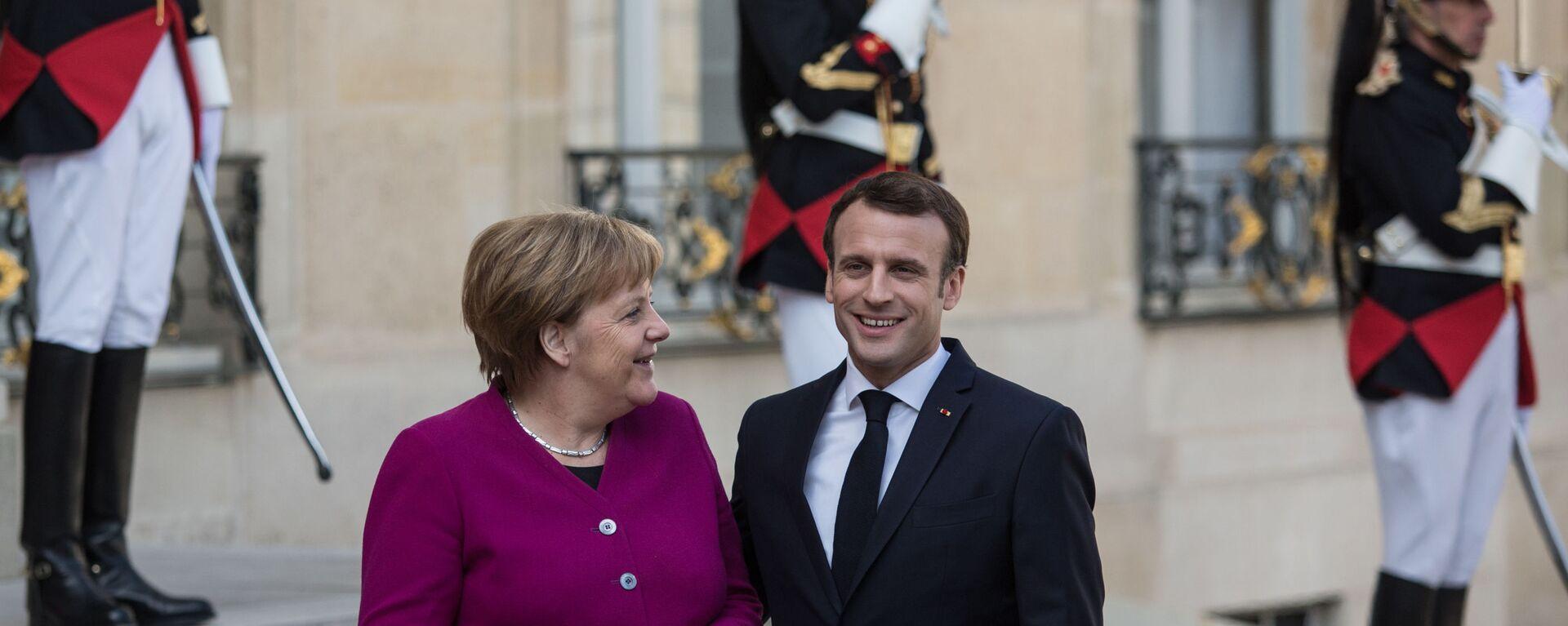 Německá kancléřka Angela Merkelová a francouzský prezident Emmanuel Macron - Sputnik Česká republika, 1920, 25.05.2021