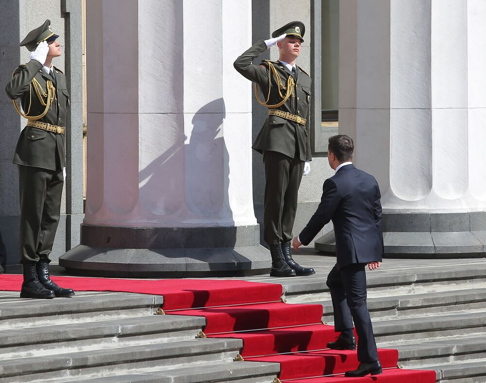 Volodymyr Zelenskyj před začátkem inaugurace.