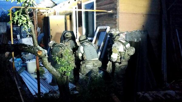 V Rusku byli při útoku na soukromý dům zlikvidováni teroristé  - Sputnik Česká republika