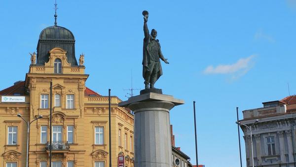 Pomník vítězství na Mariánském náměstí. Znojmo, Česko - Sputnik Česká republika