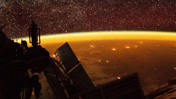 Zemská atmosféra a Země z paluby ISS - Sputnik Česká republika