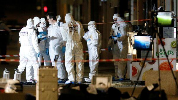 Forenzní detektivové zkoumají místo výbuchu v Lyonu - Sputnik Česká republika