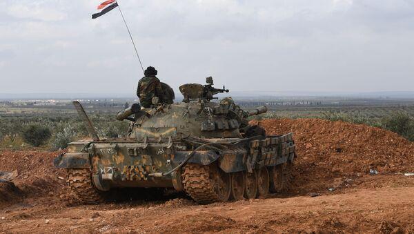 Čelní pozice syrské armády v oblasti Aleppo - Sputnik Česká republika